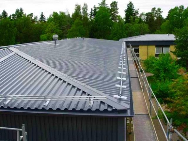 Крыша из оцинкованного профнастила своими руками 90