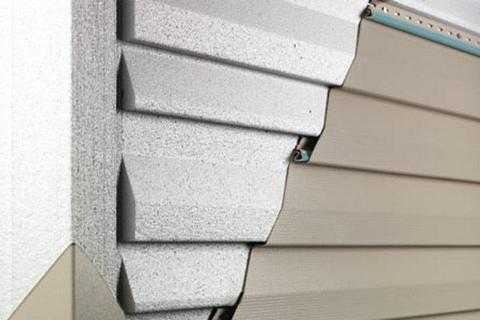 Реализуем сайдинг для обшивки дома. Цена в компании «СтальПрокат» начинается от 390 руб./м2