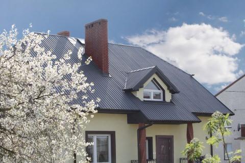 Как правильно экономить, покупая металлопрофиль для крыши