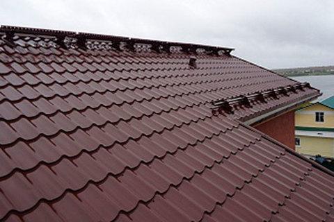 Металлочерепица Монтеррей сделает крышу дома прочной и обновит ее внешний вид
